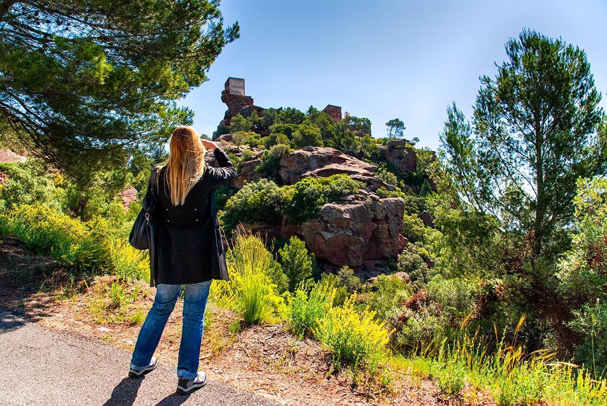 Fotografiando la Ermita de la Mare de Deu de la Roca en Montroig del Camp