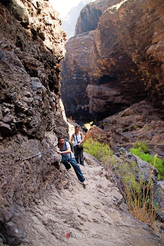 Qué ver y qué cosas hacer en Tenerife, descenso por el Barranco de Masca, tramo de via ferrata
