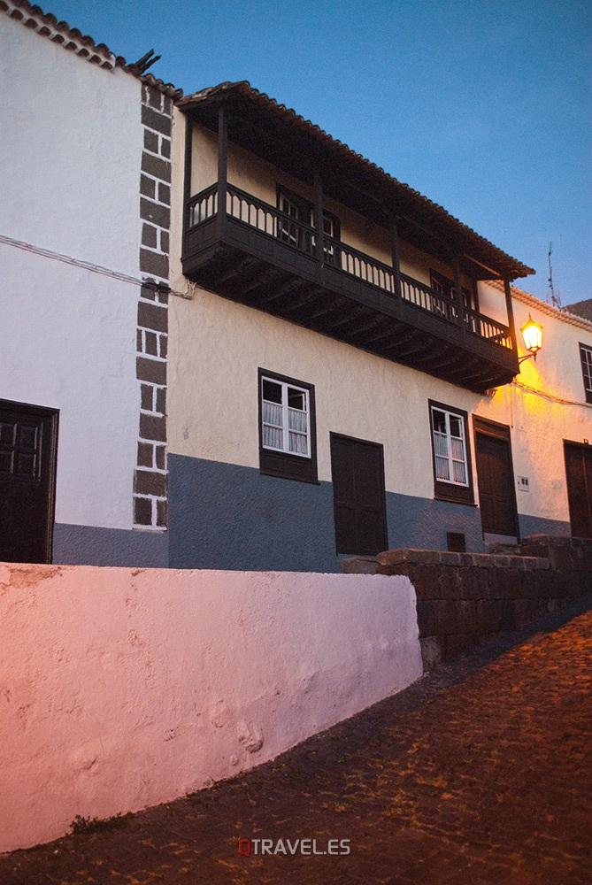 Qué ver y qué cosas hacer en Tenerife, fachadas típicas de la población de Garachico