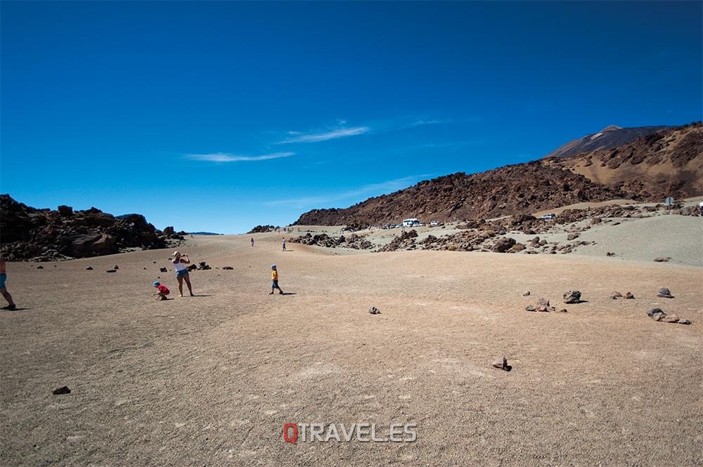 Tenerife, paisaje lunar en el parque de el Teide