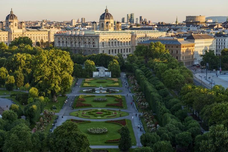 Los parques de Viena, puntos de encuentro gastronómico