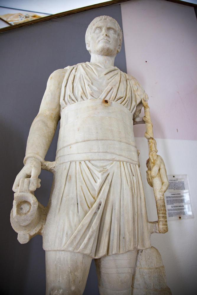 Museo Cartago escultura en mármol