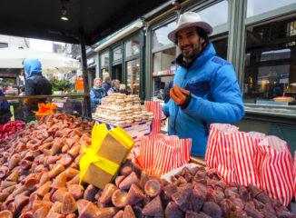 Puesto ambulante de las famosa narices de Gante, unas deliciosas gominolas