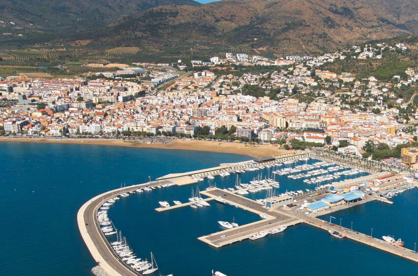 Roses repite 'Bandera Azul' en su puerto deportivo