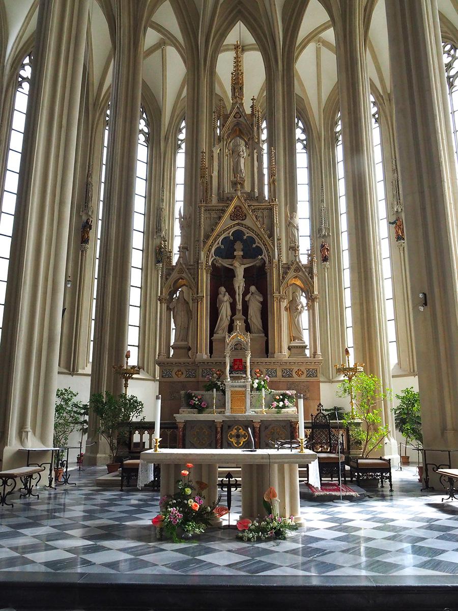 Brno altar de la iglesia de Santiago