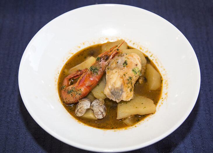 Gastronomía en Roses, Suquet de Peix