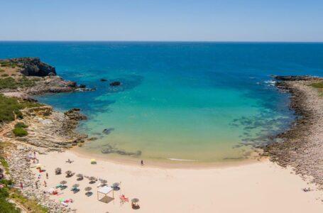 Las playas del Algarve contarán con 91 banderas azules este verano 2021